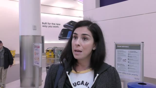 stockvideo's en b-roll-footage met sarah silverman talks about protesting donald trump while departing at lax airport in los angeles in celebrity sightings in los angeles, - sarah silverman