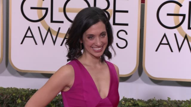 sarah treem at the 72nd annual golden globe awards arrivals at the beverly hilton hotel on january 11 2015 in beverly hills california - the beverly hilton hotel stock videos & royalty-free footage