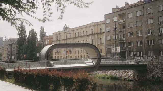 sarajevo festina lente bridge in a sunny day with moody look - bosnia and hercegovina stock videos & royalty-free footage