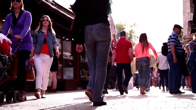 sarajevo old bazaar - sarajevo stock-videos und b-roll-filmmaterial