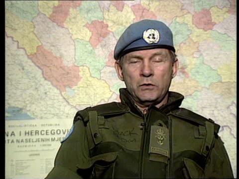 sarajevo relief begins bosniaherzegovina sarajevo gen lewis mackenzie intvwd sof if the fighting starts again we'll be in a difficult position/ we... - サラエボ点の映像素材/bロール