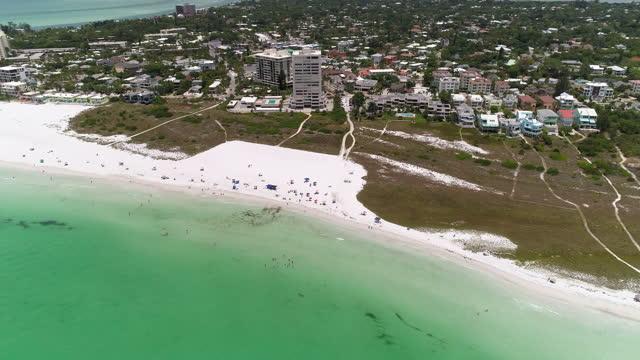 stockvideo's en b-roll-footage met sarasota beach near siesta key, sarasota, florida. - golf van mexico