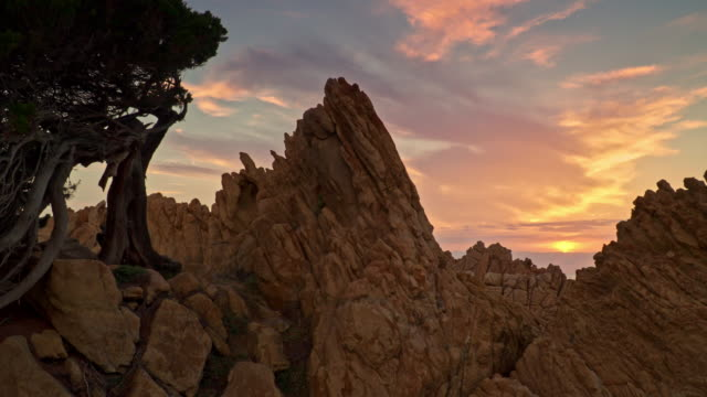 sardinia, the splendor of the red rocks of costa paradiso, sassari - sardinien stock-videos und b-roll-filmmaterial