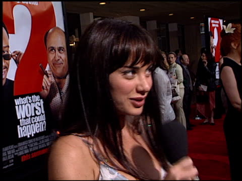 vidéos et rushes de sascha knopf at the 'what's the worst that could happen?' premiere at leows' cineplex century plaza in century city, california on may 22, 2001. - century plaza