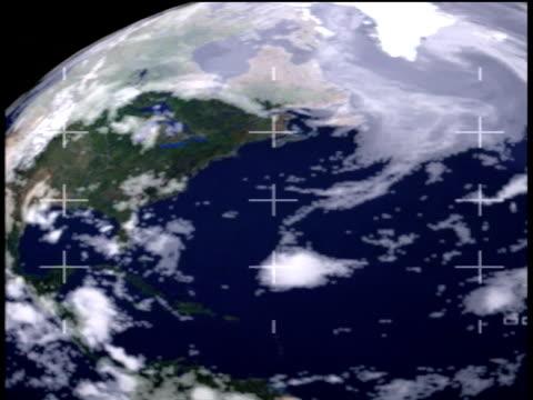 stockvideo's en b-roll-footage met satellite image showing north america as earth revolves - ruimte exploratie