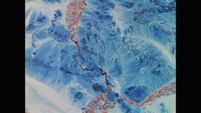 vídeos de stock e filmes b-roll de satellite images from space show the dramatic details of earth's photography from space - topografia