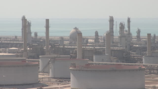 saudi aramco's oil refinery and port complex in ras tanura, saudi arabia, on monday, october 1, 2018. - persian gulf stock videos & royalty-free footage