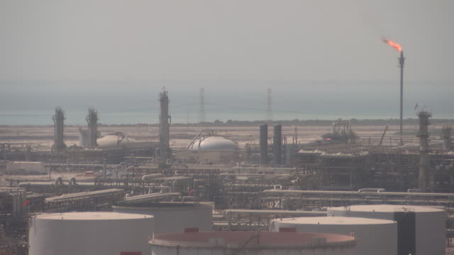saudi aramco's oil refinery and port complex in ras tanura, saudi arabia, on monday, october 1, 2018. - refinery stock videos & royalty-free footage