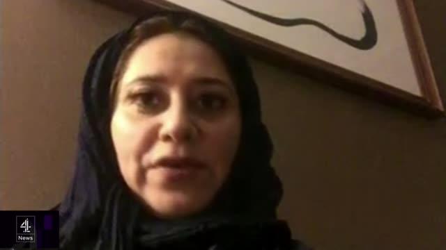 vídeos y material grabado en eventos de stock de prince mohammed bin salman greeted by queen and protesters saudi arabia jeddah int lina maeena web interview sot - jeddah