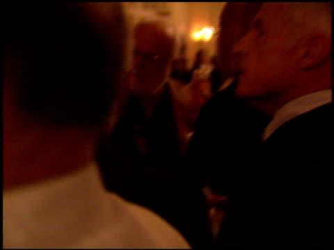 vídeos de stock, filmes e b-roll de saul zaentz at the producer's guild dinner at the regent beverly wilshire hotel in beverly hills, california on march 2, 1994. - regent beverly wilshire hotel