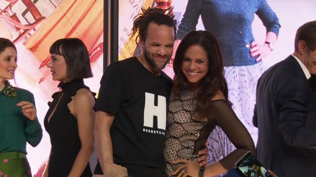 savion glover and soledad o'brien at hearst launches hearstlive, a multimedia news installation at 57th street & 8th avenue in nyc at hearst tower on... - multimedia stock videos & royalty-free footage