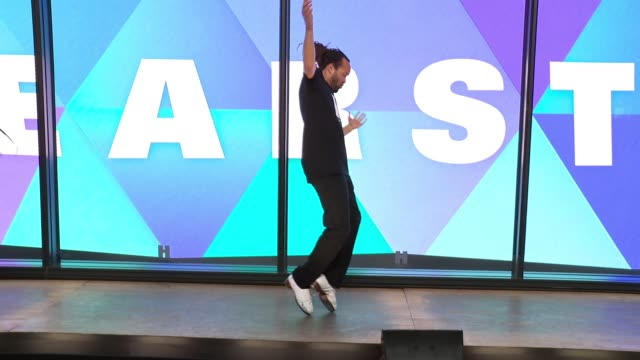 savion glover at hearst launches hearstlive, a multimedia news installation at 57th street & 8th avenue in nyc at hearst tower on september 27, 2016... - multimedia stock videos & royalty-free footage