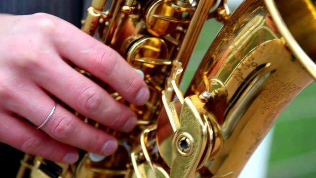 stockvideo's en b-roll-footage met sax - saxofonist