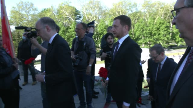 saxony governor michael kretschmer, berlin mayor michael and others enter the memorial crypt during a wreath-laying ceremony organized by the russian... - crypt stock videos & royalty-free footage