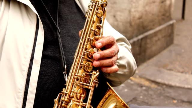 サクソフォン奏者(hd - ブラスバンド点の映像素材/bロール