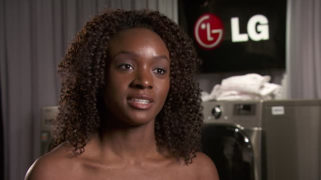 saycon sengbloh on how broadway theater industry uses energy and the need to conserve at the lg helps great white way go 'green' at tony's at new... - saycon sengbloh stock videos and b-roll footage