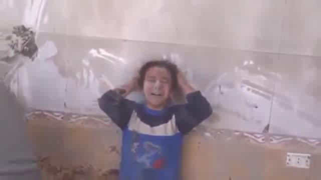 this video montage of archive footages taken in syria in 2016 shows syrian children who were affected by the attacks of assad regime forces and its... - fysisk skada bildbanksvideor och videomaterial från bakom kulisserna