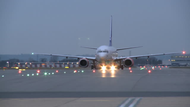 ws scandinavian airlines (sas) 737-800 on taxiway, london, united kingdom - taxiway stock videos & royalty-free footage