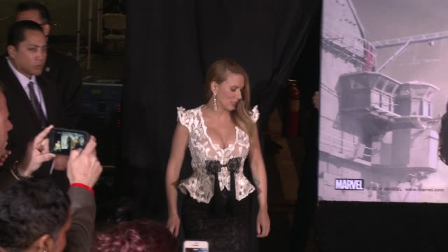 scarlett johansson and anthony mackie at the captain america the winter soldier los angeles premiere at the el capitan theatre on march 13 2014 in... - scarlett johansson video stock e b–roll