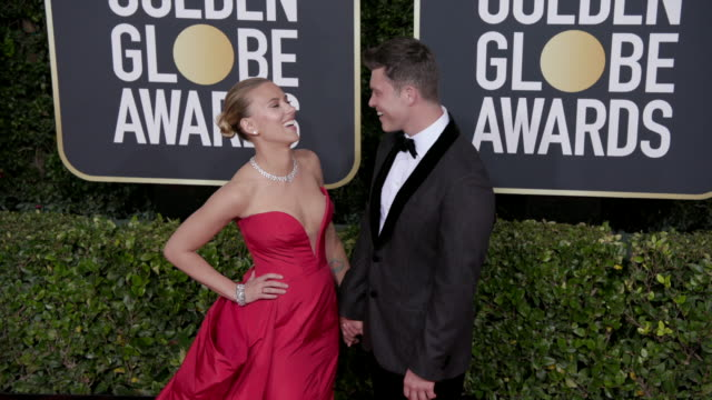 vidéos et rushes de scarlett johansson and colin jost at the 77th annual golden globe awards at the beverly hilton hotel on january 05, 2020 in beverly hills, california. - golden globe awards