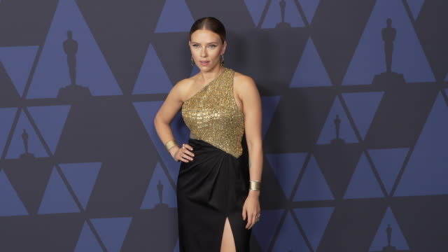 scarlett johansson at the 2019 governors awards on october 26 2019 in hollywood california - scarlett johansson stock videos and b-roll footage