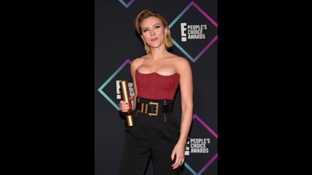 Scarlett Johansson poses in the press room during the People's Choice Awards 2018 at Barker Hangar on November 11 2018 in Santa Monica California