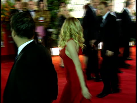 scarlett johansson walking through crowded red carpet at beverly hilton hotel yelling back to press what she's wearing valentino - 2006 stock videos & royalty-free footage