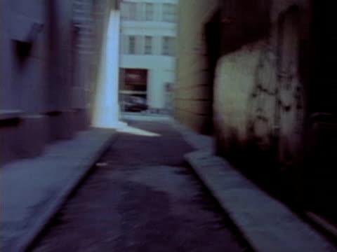 stockvideo's en b-roll-footage met scary alley - schizofrenie