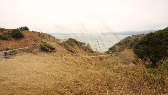 a scene from angel island in the bay area. - angel点の映像素材/bロール
