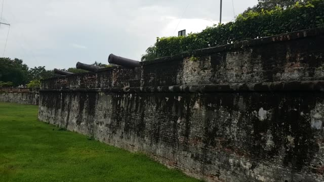 scene from penang malaysia south east slow asia motion pan fort cornwallis fortress guns walls keep - penang stock videos and b-roll footage