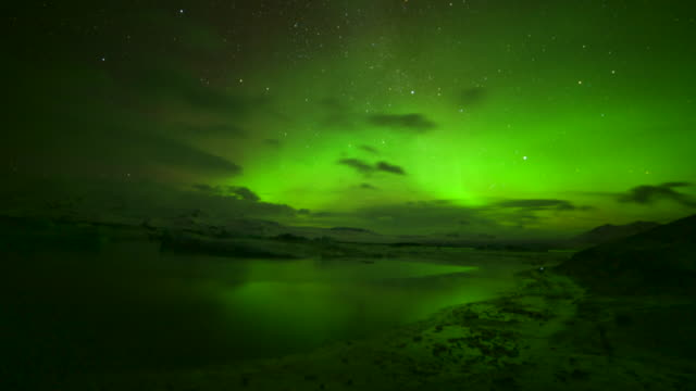 scenery of aurora over jokulsarlon, iceland - kälte stock-videos und b-roll-filmmaterial