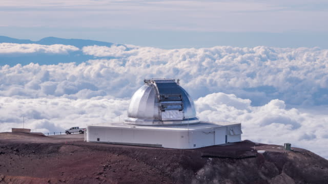 stockvideo's en b-roll-footage met scenery of mauna kea observatories in big island hawaii, usa - back lit