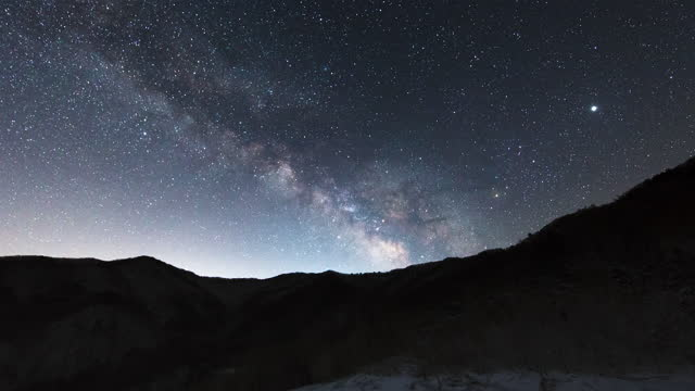 scenery of night sky / inje-gun, gangwon-do, south korea - 隕石点の映像素材/bロール