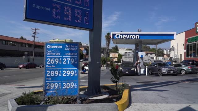 scenes from chevron location around los angeles and el segundo california us on monday apr 27 2020 - el segundo stock-videos und b-roll-filmmaterial