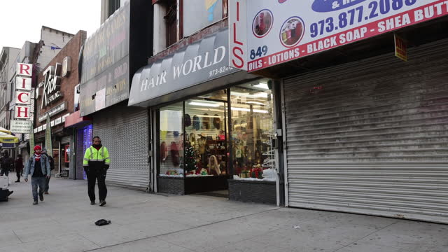 scenes from newark, new jersey, u.s., on wednesday, november 25, 2020. it is a first day of a 10 day lockdown of non essential businesses due to... - non urban scene stock-videos und b-roll-filmmaterial
