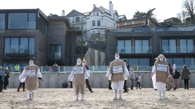 scenes from protest against development work at the carbis bay hotel in west cornwall, which is set to hold the g7 summit talks in june, in carbis... - 麻袋点の映像素材/bロール
