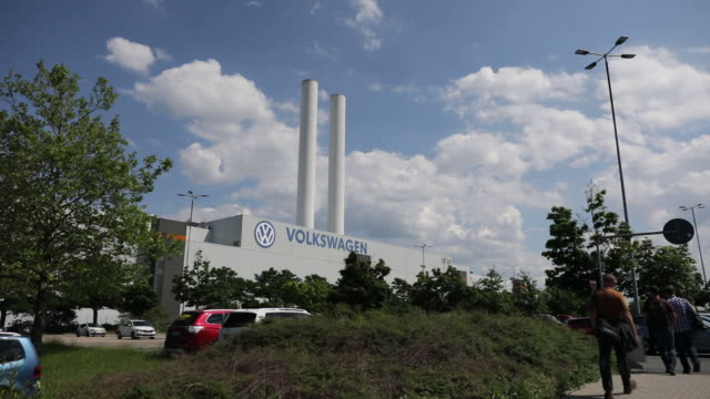 scenes from volkswagen ag production line and factory exterior zwickau sachsen germany on monday june 17 2019 - sachsen stock-videos und b-roll-filmmaterial