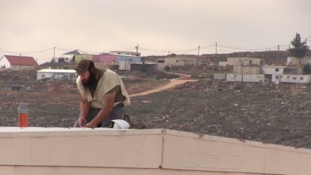 scenes in esh kodesh which is a small israeli outpost settlement located outside the boundaries of its parent jewish settlement shilo near the... - en dag i livet bildbanksvideor och videomaterial från bakom kulisserna