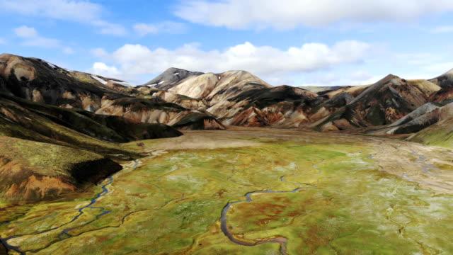 malerische luftaufnahme des bunten bergen in landmannalaugar in island - majestätisch stock-videos und b-roll-filmmaterial