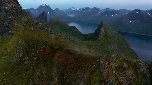 scenisk flygbild över ön senja i norge - vördnad bildbanksvideor och videomaterial från bakom kulisserna