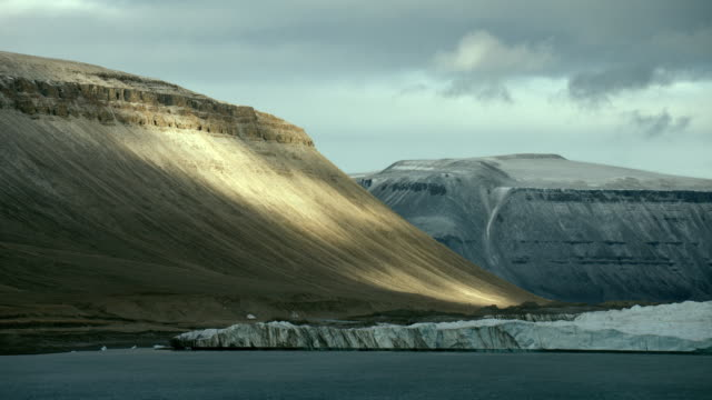 scenic coast of devon island canada - 30 seconds or greater stock videos & royalty-free footage