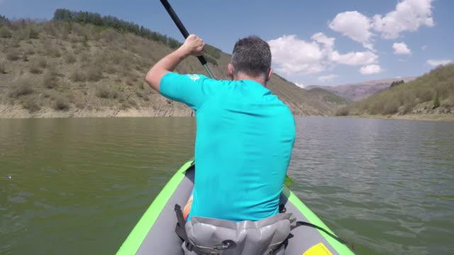 scenic paddling - paddling stock videos & royalty-free footage