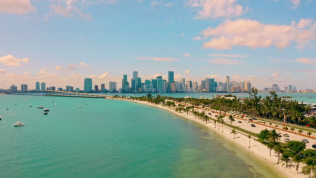 ws malerische ansicht miami beach, miami, florida, usa - gulf coast states stock-videos und b-roll-filmmaterial