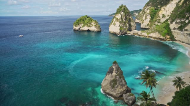 scenic view of diamond white beach on nusa penida - indonesia stock videos & royalty-free footage