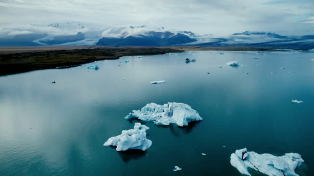 Vacker utsikt över glaciärlagunen lagunen på Island