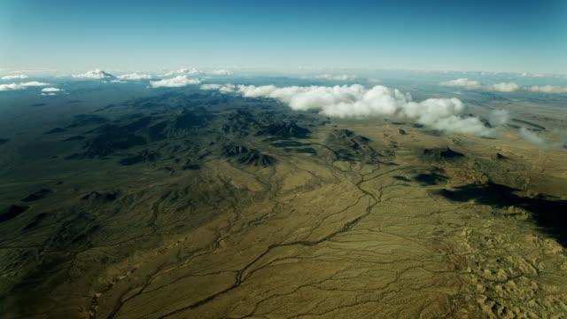 scenic wide shot of sonoran desert - sonoran desert stock videos & royalty-free footage