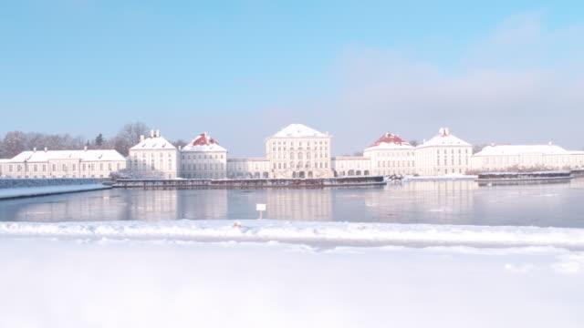stockvideo's en b-roll-footage met schloss nymphenburg, munich, winter - beieren