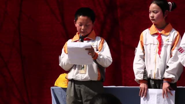 Ms School Children Giving Speech At Opening Ceremony Of