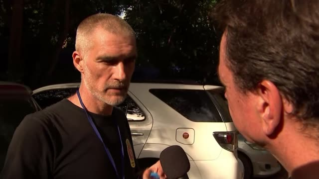 delay to rescue operations to minimise risk thailand chiang rai tham luang nang non cave complex ext ivan karadzic interview sot - 洞窟点の映像素材/bロール