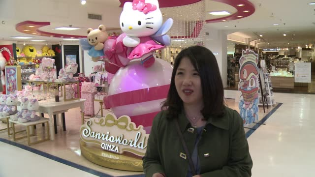 schoolgirl kazumi kaminaga had never seen something as cute as hello kitty when she first laid eyes on the moon faced mouthless character in a shop... - hello kitty stock videos and b-roll footage